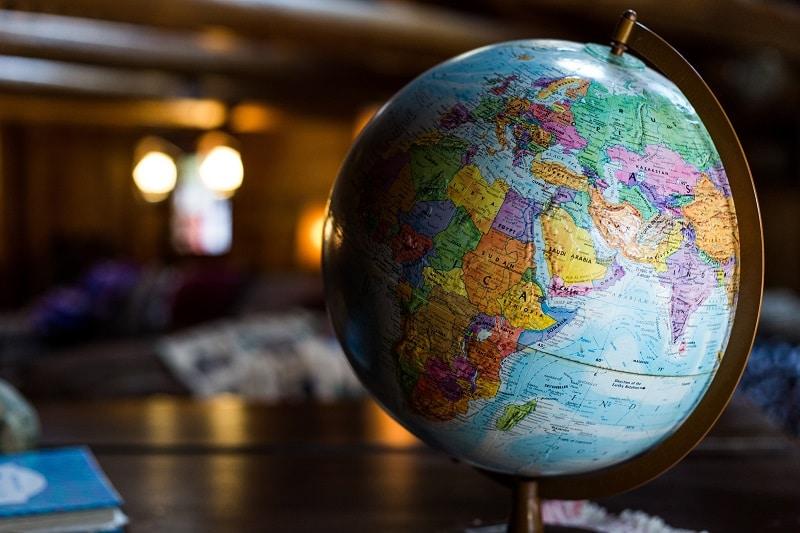 【旅行会社社員が教える】旅行会社の手数料や取扱料金表とは?