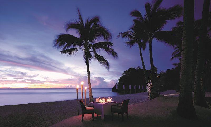 プライベートディナー - ロマンティックビーチディナー