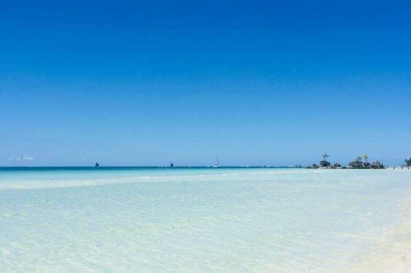 ボラカイ島 ベストシーズン 2月