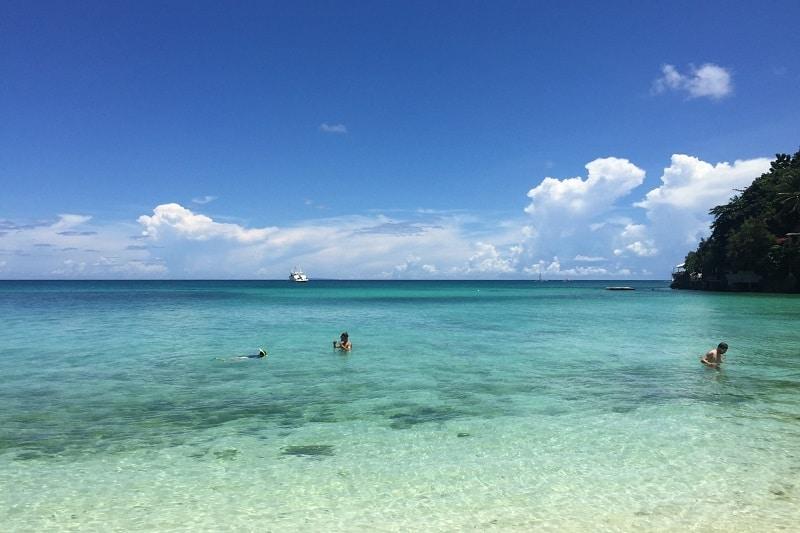 ボラカイ島 ディニウィッドビーチ