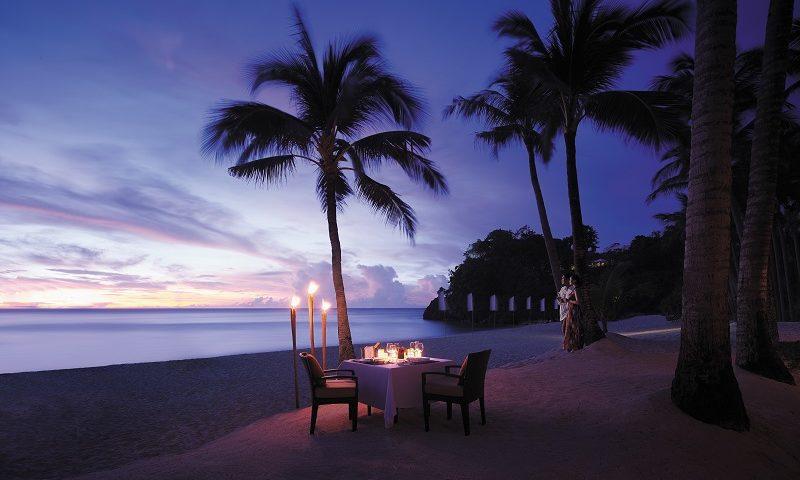 ボラカイ島 シャングリラ プライベートビーチディナー