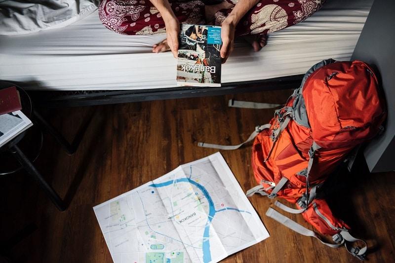 初めての女子一人旅で気を付けることとは?