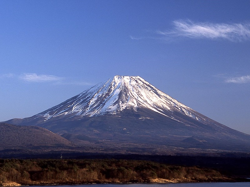 山梨県の観光名所10選!富士五湖や御岳昇仙峡やご当地名物「ほうとう」も!