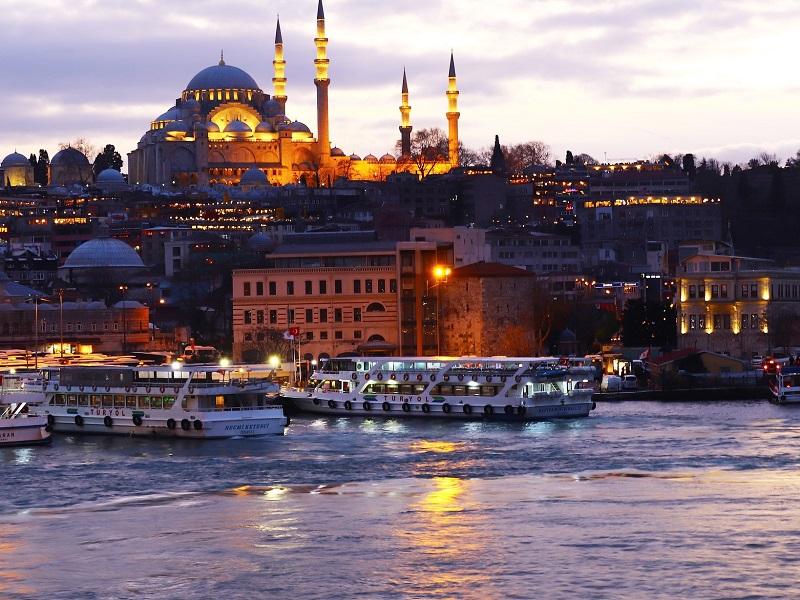 トルコ観光におすすめ季節は?平均気温や降水量は?