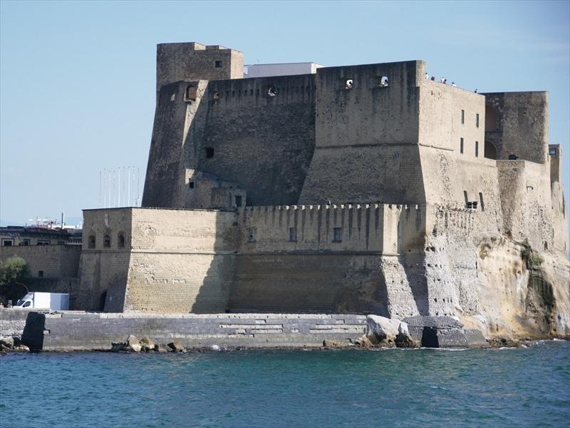 カステル・デローヴォ(卵城)